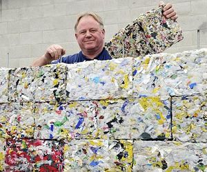 bricks-made-of-recycled-plastic-m