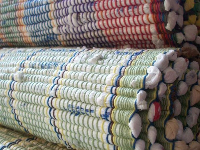 plastic-bag-rug